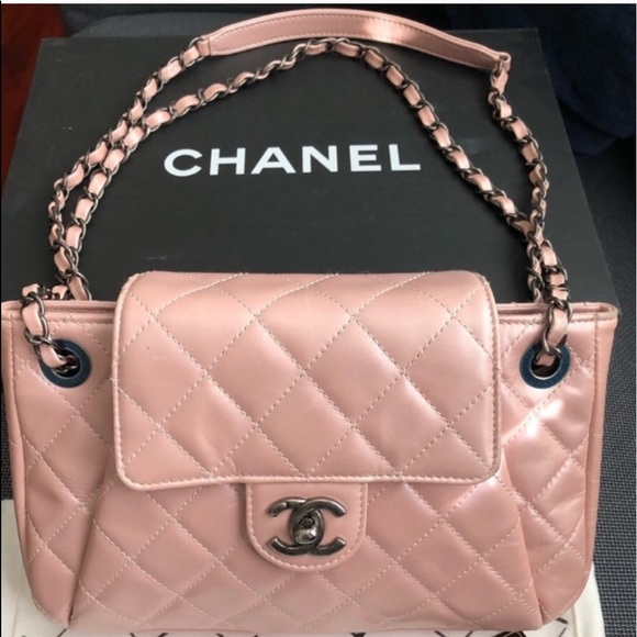 c4d5a915eb1a5d CHANEL Bags | Pearl Pink Glazed Leather Bag | Poshmark